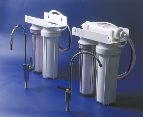 ustanovka-filtra-vody-