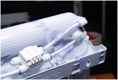 соединение вывода очищенной воды из мембраны с автоматом