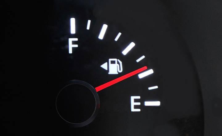 Как сэкономить бензин 12 способов?
